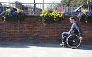 wheelchair pushing technique forwards